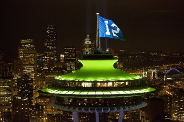 1341685461-seahawk-space-needle