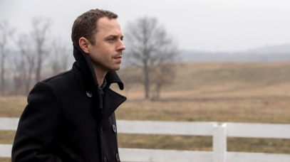 sneaky-pete-giovanni-ribisi-amazon-credit